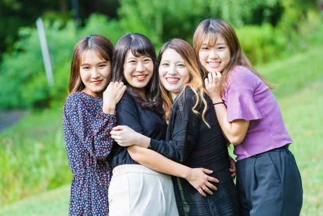 海外留学者の同窓会撮影
